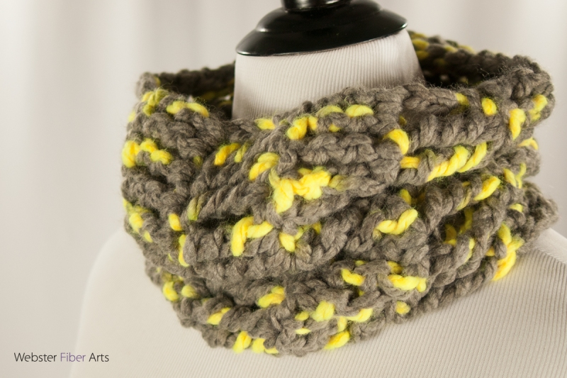 Handmade Toucan Cowl | Webster Fiber Arts | Etsy
