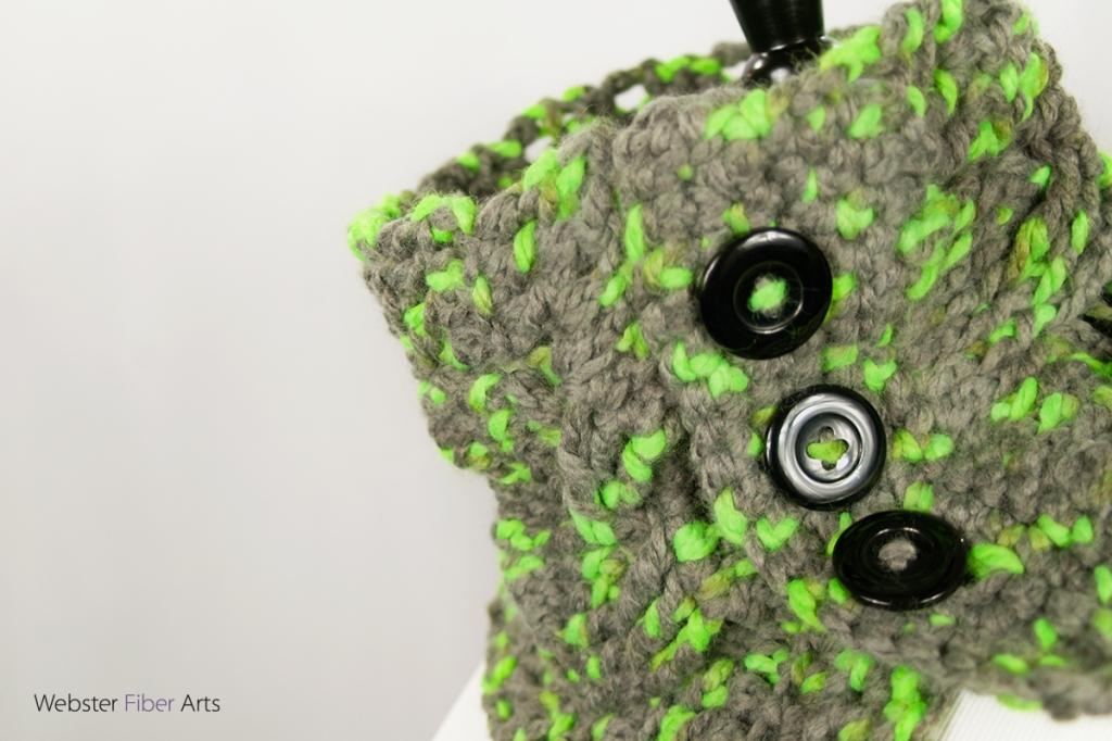 Handmade Parakeet Button Cowl | Webster Fiber Arts | Etsy